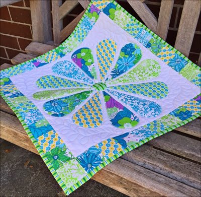 Desinged by Emma Jean Jansen; pieced and quilted by Di Bracey